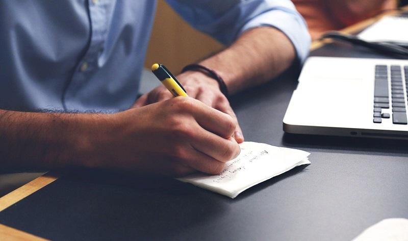 Kemični svinčniki so kljub svoji starosti še vedno najpopularnejše pisalo