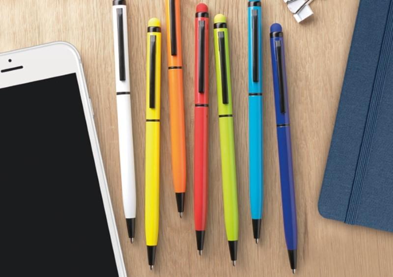 Kemični svinčniki različnih barv